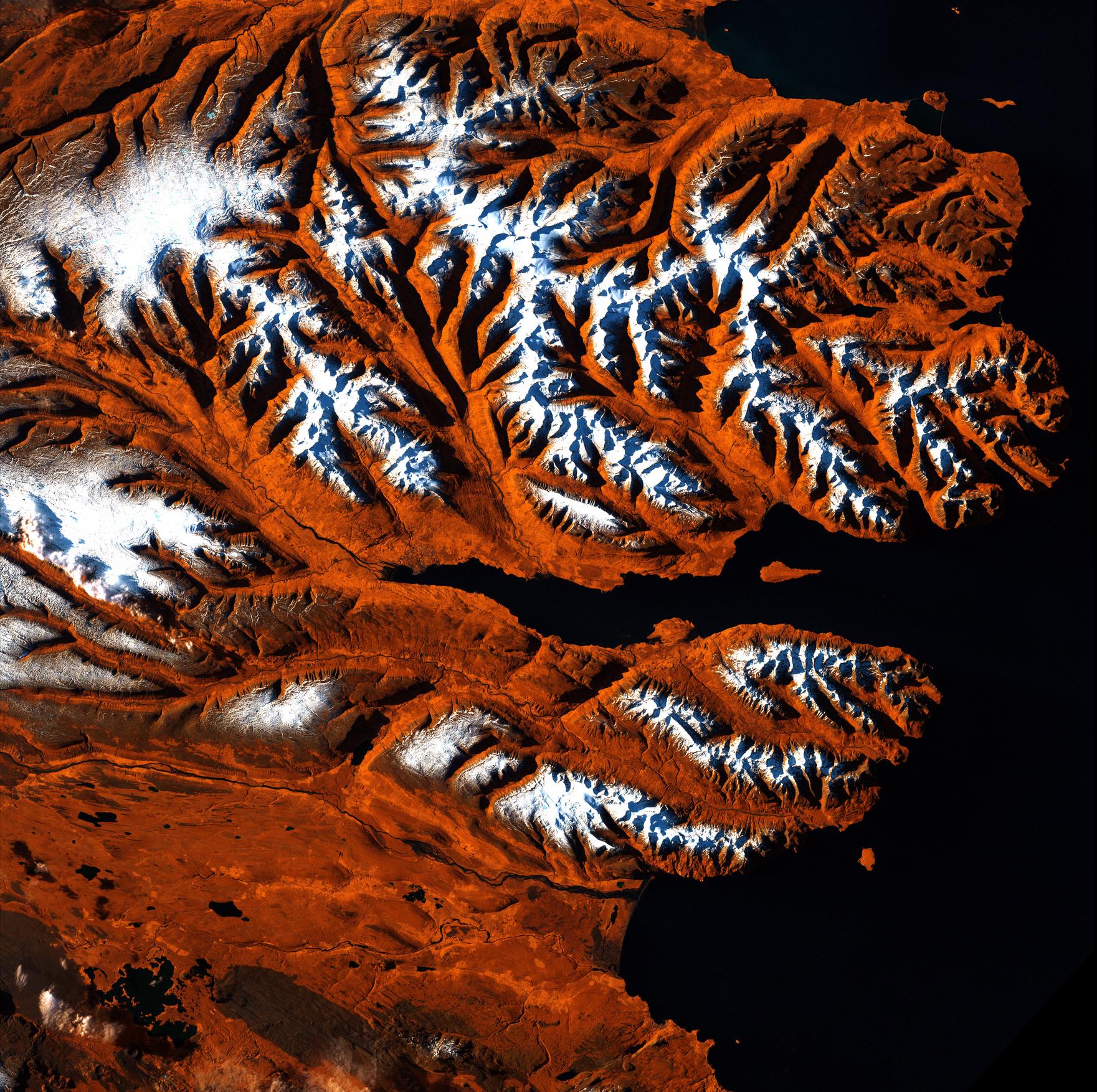 Icelandic Tigers and Von Karman Vortices: Landsat Imagery